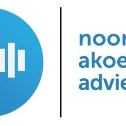 Logo NAA met naam - web